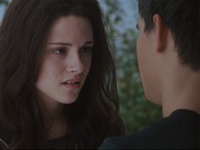"Kristen Stewart and Taylor Lautner in ""The Twilight Saga: Eclipse"""