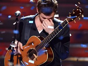 "Phillip Phillips crowned ""American Idol"" season 11 winner"