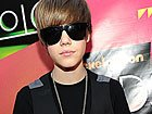 Justin Bieber, Miranda Cosgrove, More Arrive At 2010 Kids' Choice Awards